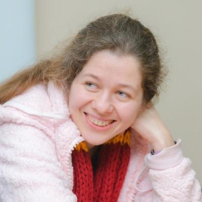 Оля Старунова