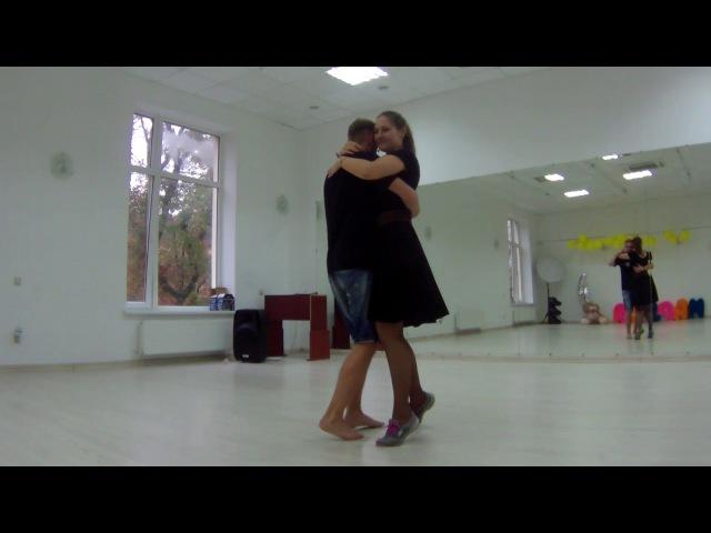 Женя танцует с Сашей шочи после мастер-класса по форро