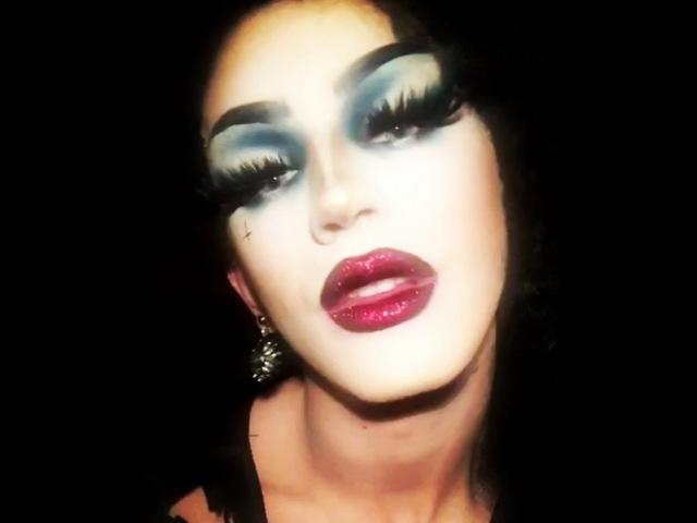 "Aquaria on Instagram: ""💋 lips from @patmcgrathreal lust004 in bloodwine 🌹 AgeOfAquaria"""