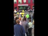 1 сентября в самой дорогой школе Молдовы. Учителя выступают  перед учениками, и это только начало.