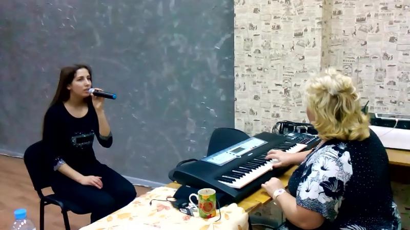 Под музыку Вивальди (реп. 2) ст. - Величанский А., муз - Берковский В. и Никитин С., исп. - Юлия Анатольевна и Аня