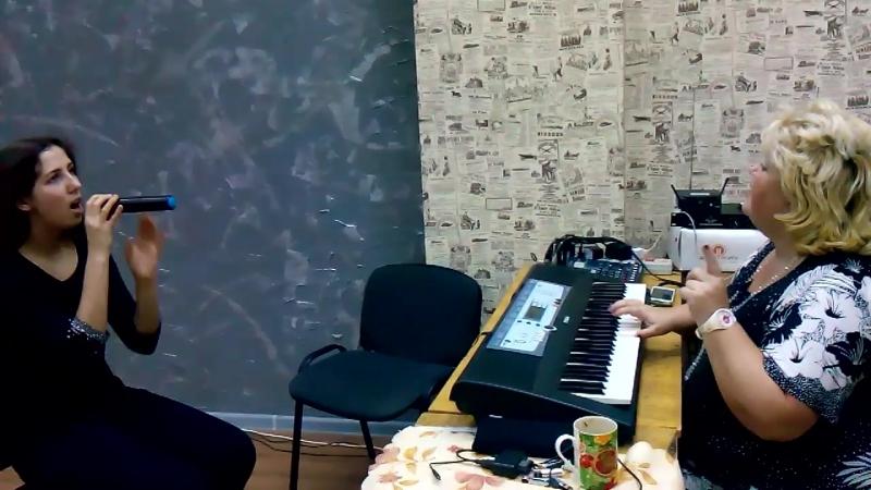 Под музыку Вивальди (реп. 3) ст. - Величанский А., муз - Берковский В. и Никитин С., исп. - Юлия Анатольевна и Аня