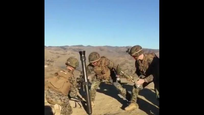 Швидкісна стрільба з 81 мм міномету M252 в армії США