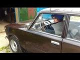 ВАЗ 2101 1972 г.в. заезжает в гараж