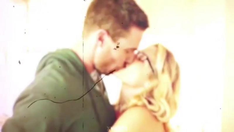 Oliver x Felicity vine