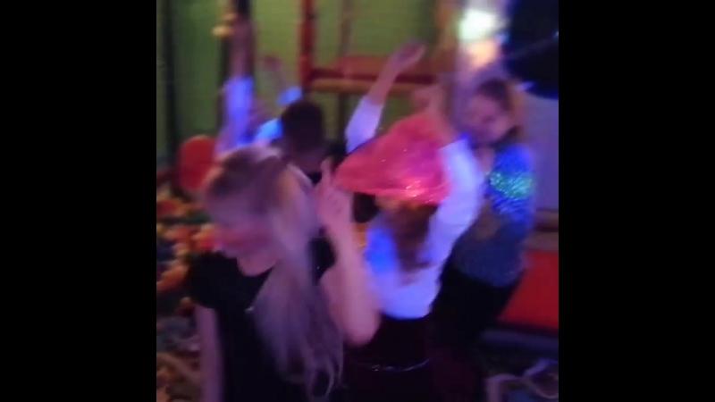 Лада Седан баклажан 🍆 Вечеринка 🎉 🎊 🎶 всего Семейном кафе I ❤️ Like