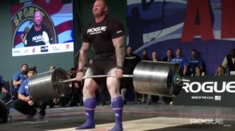 Хафтор Бьёрнссон 472 кг