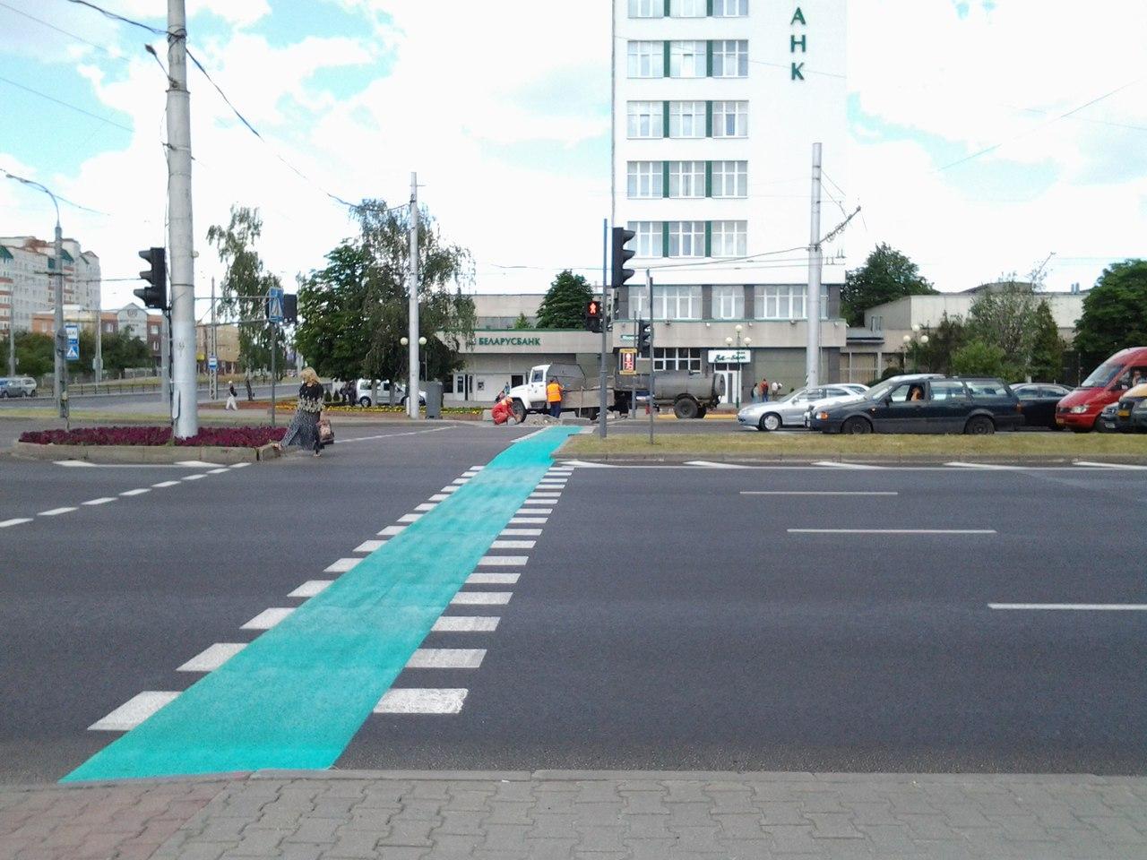 В Бресте массово появляются велосипедные переходы