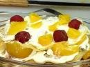 Торт из блинов со взбитыми сливками и фруктами !