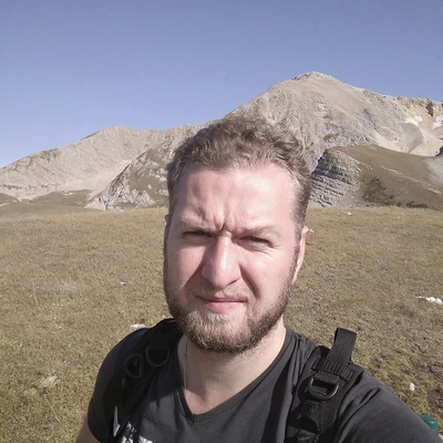 Максим Чернощеков