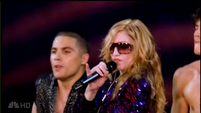 Madonna - Hung up (live the confessions tour)