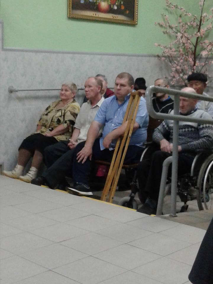 Территория добра в Чкаловском доме престарелых