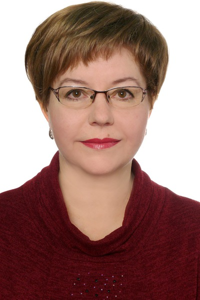 Елена Коршунова