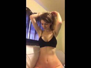 Nadya Nabakova красотка