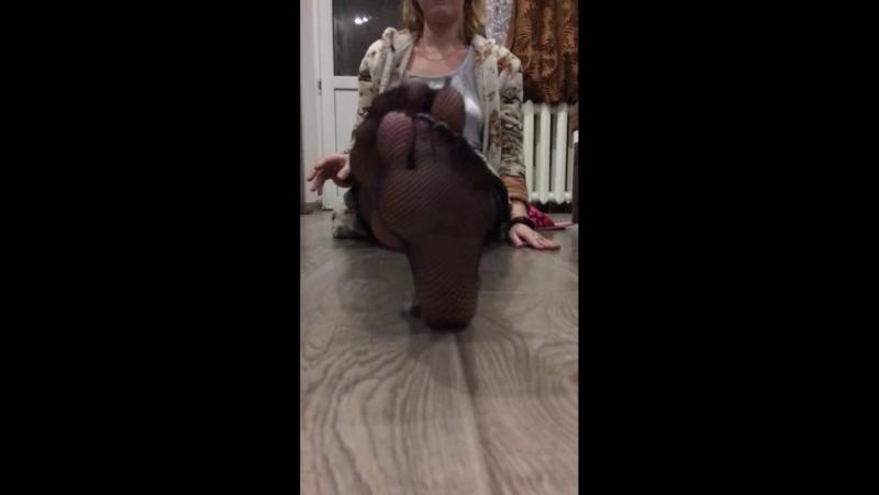 Милая Школьница показала ножки в колготках Sweet schoolgirl showed legs in pantyhose HD » Freewka.com - Смотреть онлайн в хорощем качестве