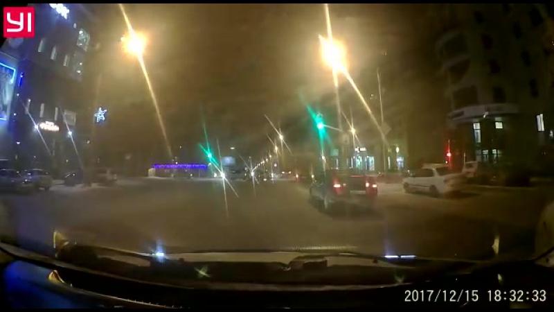 15.12.17 ДТП на пересечении Комсомольский-Партизанская