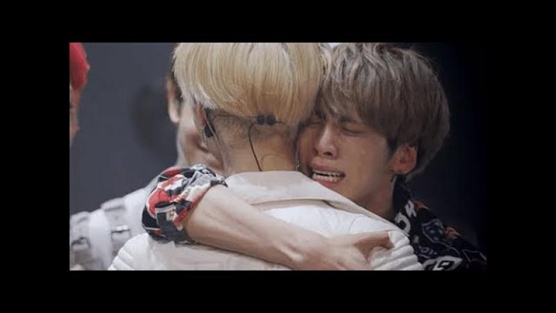 Jonghyun, the special hug with members in SHINee