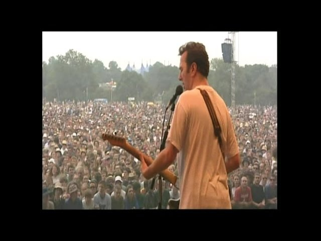 Joe Strummer The Mescaleros - White Man in Hammersmith Palis (Live Glastonbury 1999)