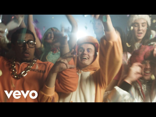 DOM - Gucci Bands ft. Seth David Dobrik (Official Music Video)