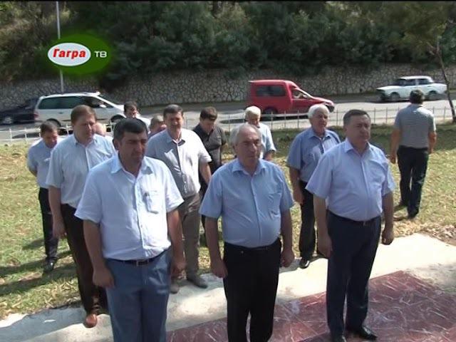 В селе Псахара возложили цветы к памятнику погибших добровольцев из Южной Осетии