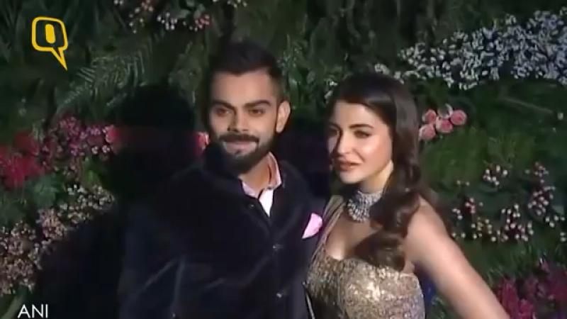 Вират и Анушка прибыли на свадьбу в Мумбаи