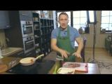 Оскар Кучера готовит стейк на Frybest