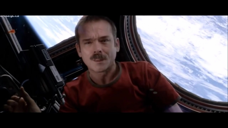 Chris Hadfield about Space Oddity