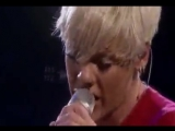 Pink - Babe I'm Gonna Leave You (Led Zeppelin cover)