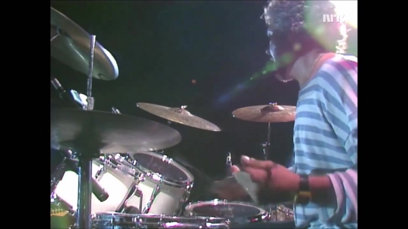 Steve Gadd and The Gadd Gang beautiful drum solo My little brother