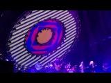 PARAMORE! - Hard Times (Live at O2 Arena) 12012018
