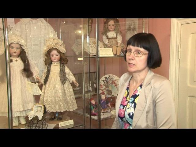 Эти фарфоровые куклы — редкие экспонаты в наше время