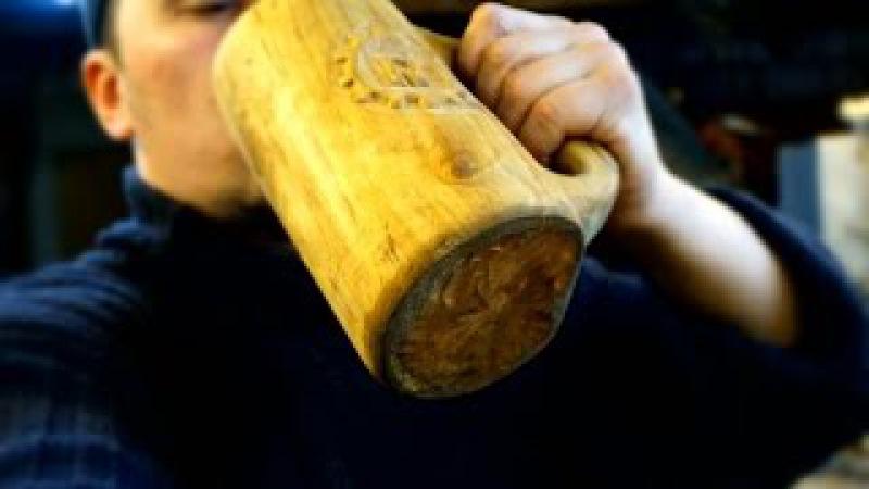 а simple way to make a mug made of wood