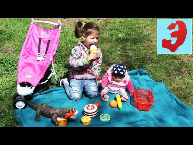 Silicone baby doll Reborn Лиза и Эмилюша устроили Пикник в парке