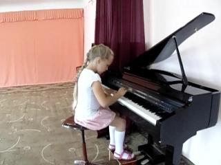 Ляпина Екатерина - Вариации на тему рнп «Во саду ли, в огороде»