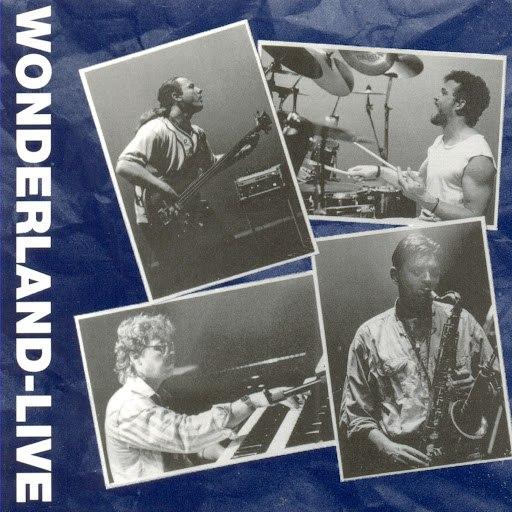 Wonderland альбом Live