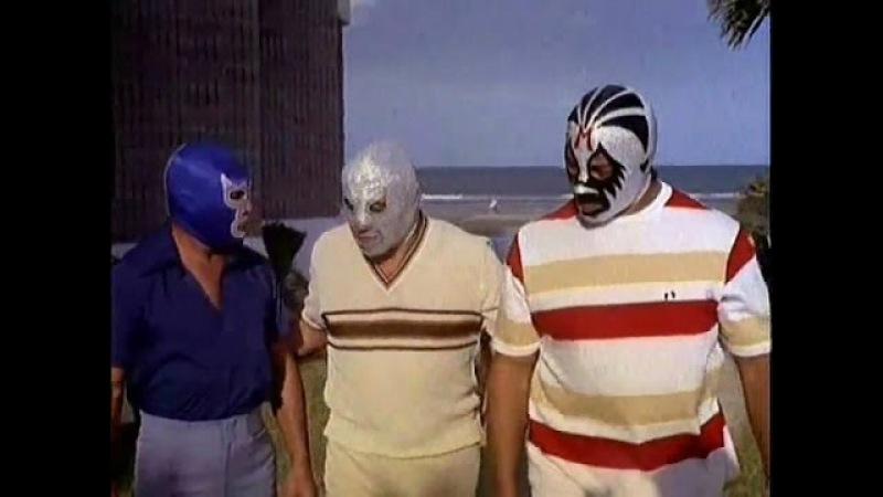 Misterio en las Bermudas (1979)   Santo, Blue Demon, Mil Máscaras   Cine Clásico