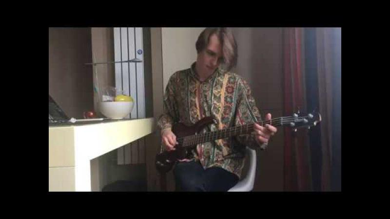 Cort Action Bass Guitar Test