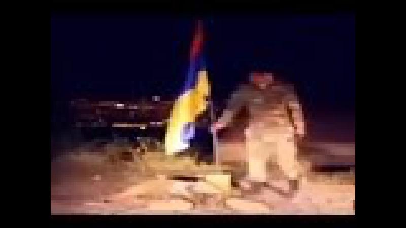 Azerbaycan oğulları ermenilerin yerine Azerbaycan bayrağını yere sancdılar