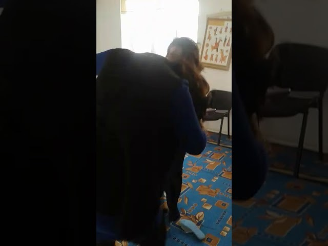 Воспитательницы Табасаранского района село Кужник.Драка перед детьми