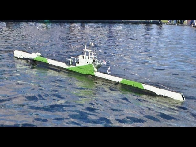 RC SCALE MODEL SUBMARINES IN ACTION DETAIL AT SOUTHERN HEADCORN RC MODEL SHOW - 2017