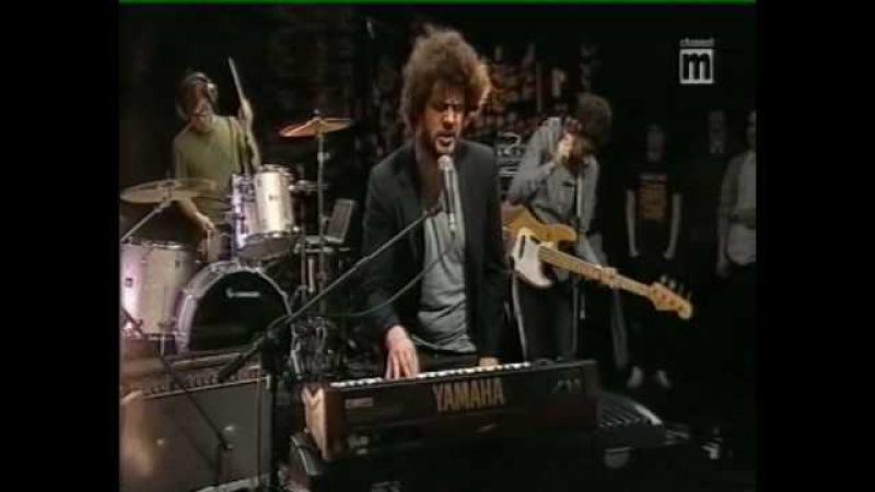 Passion Pit - Sleepyhead (live)