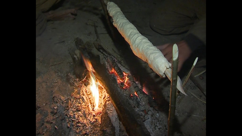 Батист Дулар готовит хлеб по-французски
