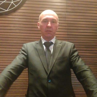 Анатолий Арсенов