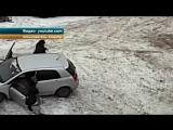 В Красноярске пожилая женщина едва не погибла под колесами иномарки