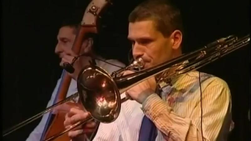 Minek a szőke énnékem Molnár Dixieland Band 2010