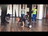 Jam, Dance Studio