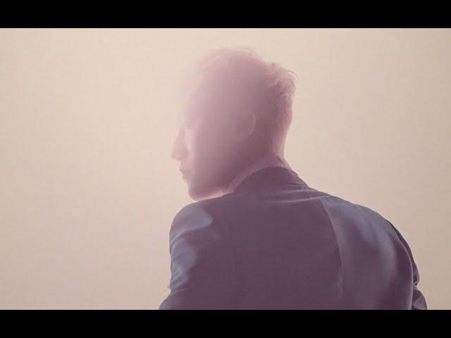 BECAUSE I LOVE YOU, LEE SEUNGHYUN / Seungri's smile and eye contact moments