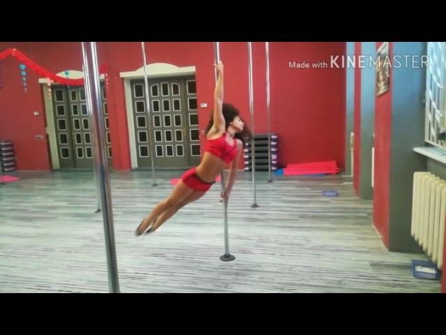 "Polesport poledance Emily on Instagram: ""Моё новое полное видео смотрите на канале m.youtube.com/channel/UCl_iGIHA0fe3CTRr66O3-pw/feed. Пиш..."