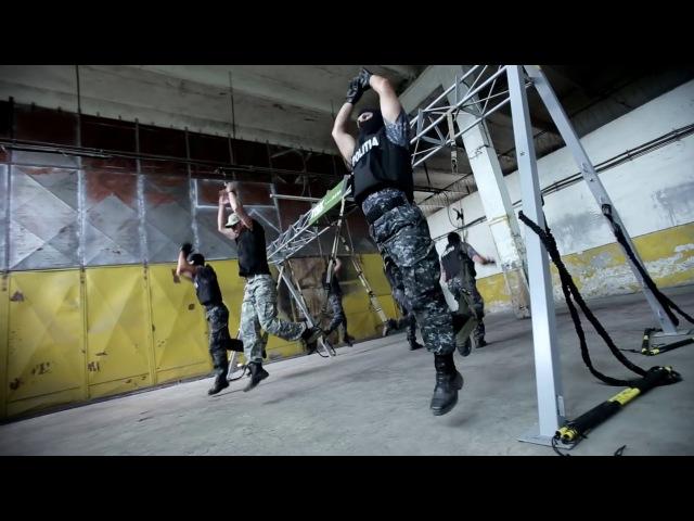 TRX-тренировка бойцов полицейского спецназа