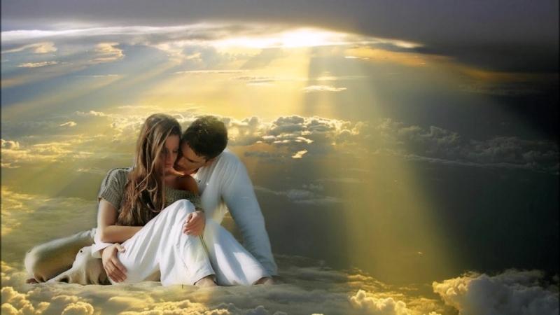 Научитесь прощать, понимать и внимательно слушать! Торопитесь любить, что б когда- нибудь не опоздать!..